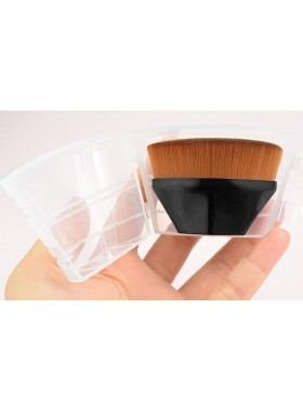 DB Small Foundation Brush in Case